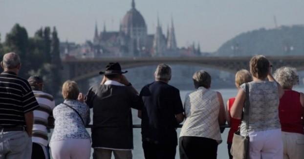 Group-Budapest-e1408848369671